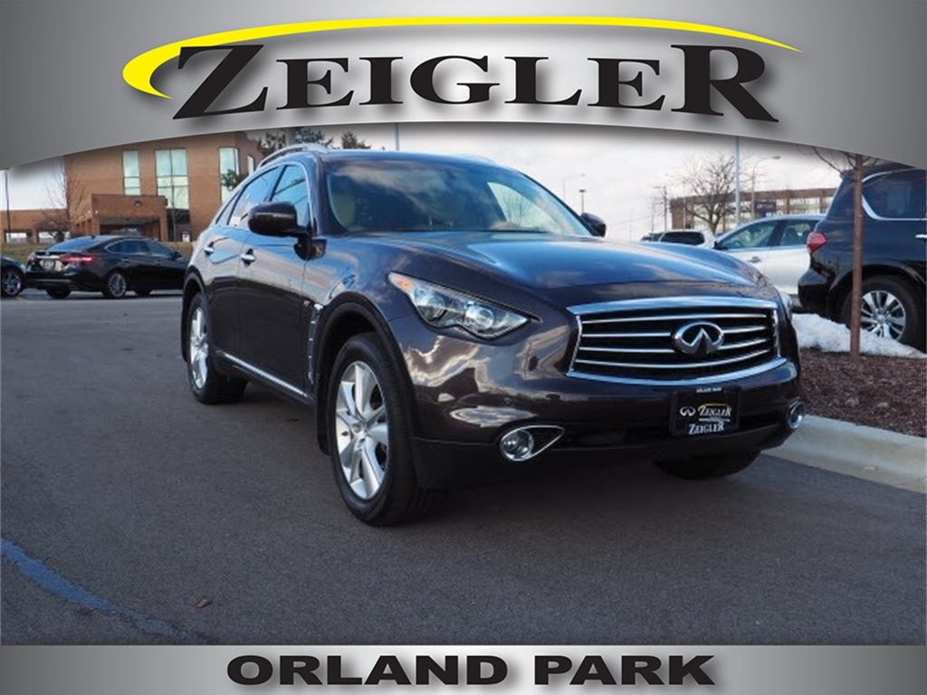 Certified Pre-Owned 2015 INFINITI QX70 Base