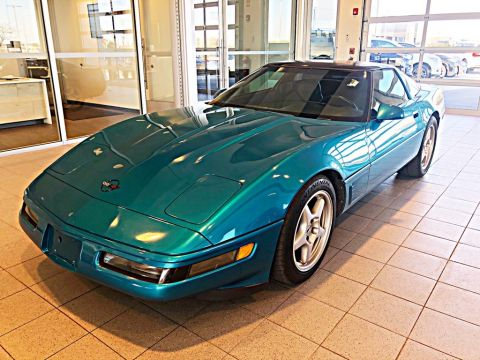 Pre-Owned 1994 Chevrolet Corvette 6-SPEED